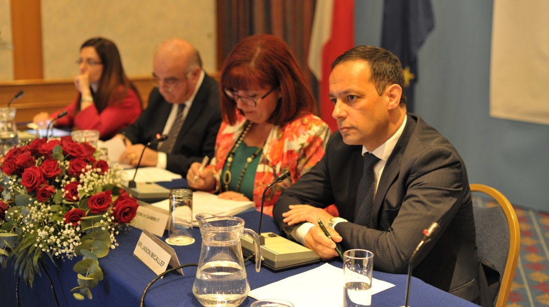 Maltese living abroad urged to participate in Valletta 2018 projects