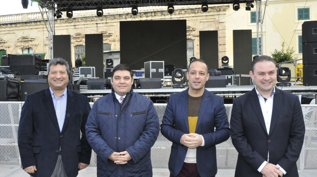 Greeting 2016 in Pjazza San Ġorġ during the Valletta New Year's Eve Celebrations