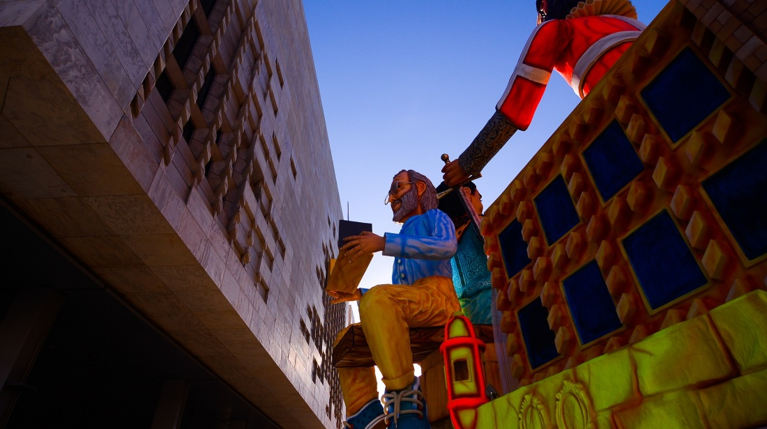 Special Carnival float marks Valletta's 450th anniversary