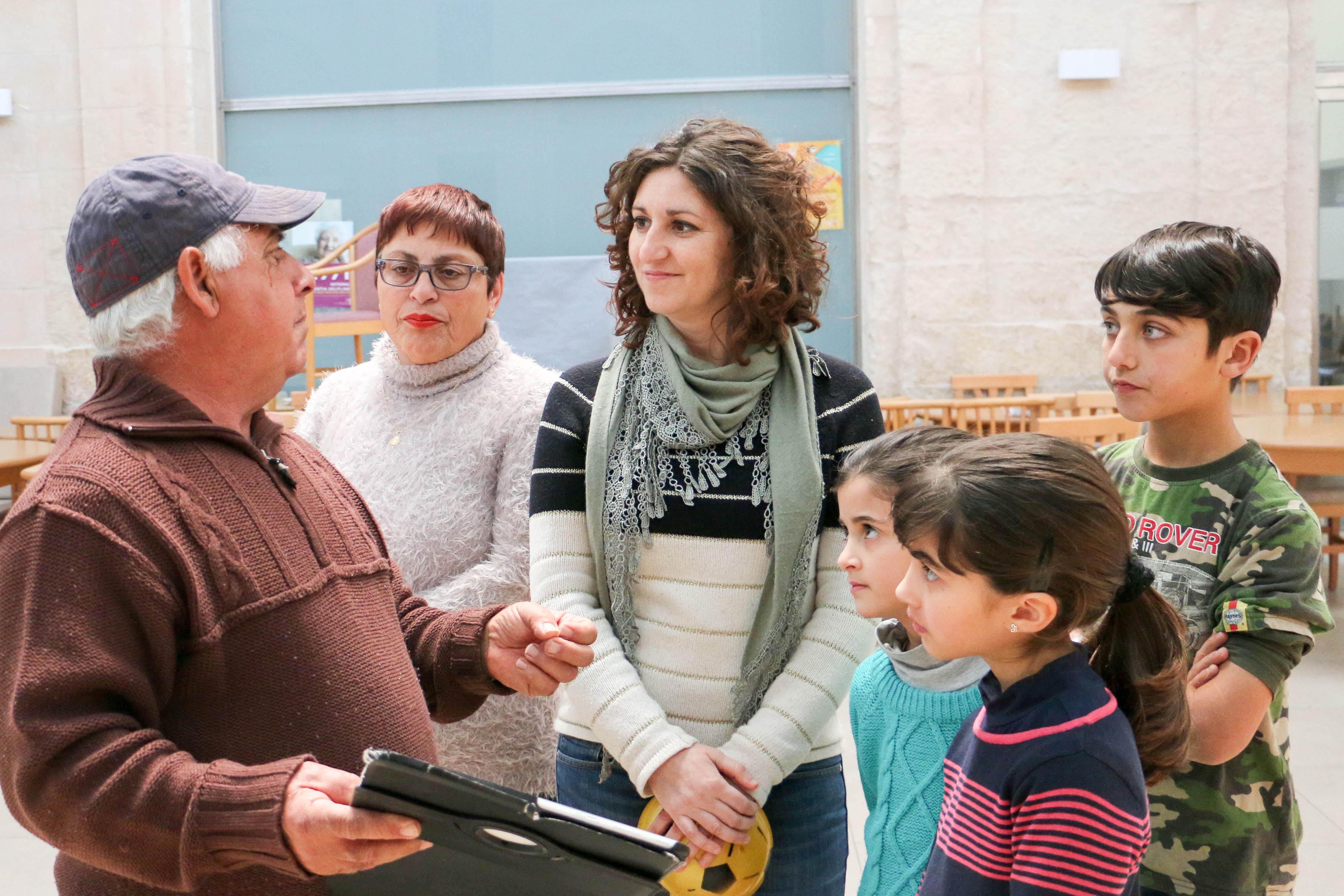 Project coordinator Anna Formosa (centre) with Darba Waħda participants