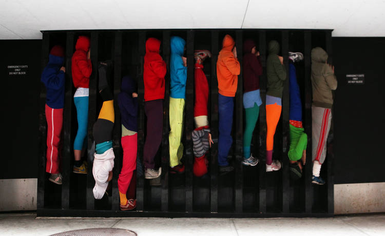 Bodies in Urban Spaces in the Streets of Mellieħa